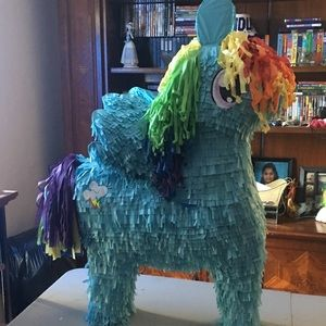 Other - Rainbow Dash Piñata
